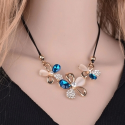 Littledesire Fashion Jewelry Flower Crystal Necklace