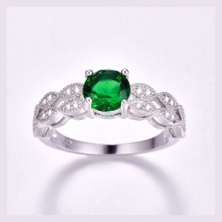 Round Shape Green & White Cubic Zirconia Silver 925 Ring