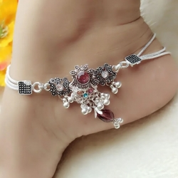 Silver Plated Pearl Alloy Stone Payal