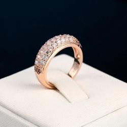 Round Shape Rose Gold Zirconia Ring