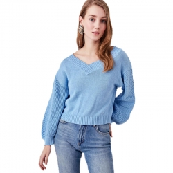 Littledesire V-Neck Balloon Sleeve Stylish Sweater