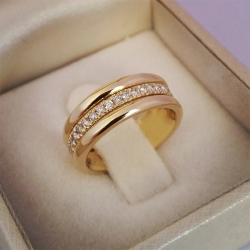 CZ Stones Round Golden  Ring