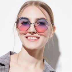 Classy Polygon Metal Frame Sunglasses UV400