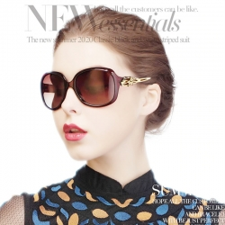 Women Gradient Classic Vintage Oversized UV400 Imported Sunglasses