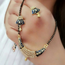 Beautiful Crystal Rhinestone Mangalsutra & Earrings Set