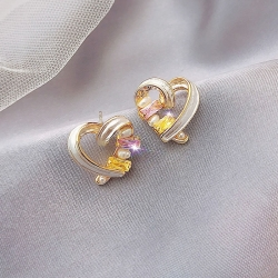 Heart Shape Pearl Stud Classic Earrings