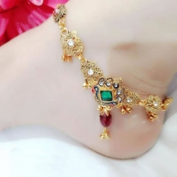 Golden Plated Pearl Alloy Stone Payal