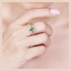 Round Shape Green & White CZ Gold Plated 925 Ring