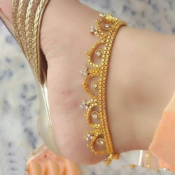 Golden Plated White Stone Payal
