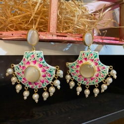 Classic Design White Pearl Earrings