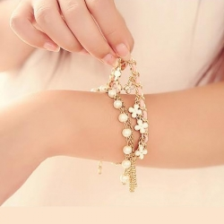 Fashion Four Leaf Clover Leather Rope Chain Pearl Bracelet