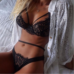 Sexy Women Lace Bralette Bra Crop Tops + Panties Briefs Set