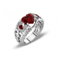 Littledesire Beautiful Red Heart Rhinestone Sapphire Ring