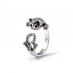 Leopard Cat Shaped Eyes Red Zircon Stone Ring