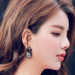 Littledesire Geometric Black Round Bow Stud Earrings