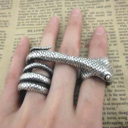 Big Mouth Snake vintage Silver Ring
