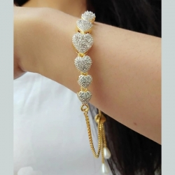 Jewelry Fashion CZ Love Heart Golden Chain Bracelet