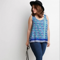 Blue Print Summer Wild Beach Crop Tops