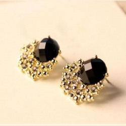 Black Stone Gem Crystal Stud Women Earring