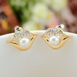 Lip Rhinestone Earrings
