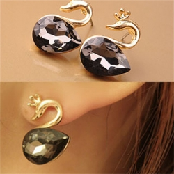 Gorgeous Sparkling Black Crystal Gem Stud Earring