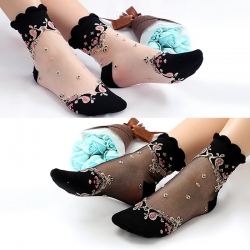 Mesh Flowers Ultrathin Transparent Lace Elastic Socks 2 Pairs