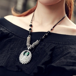 Crystal Black Chain Necklaces